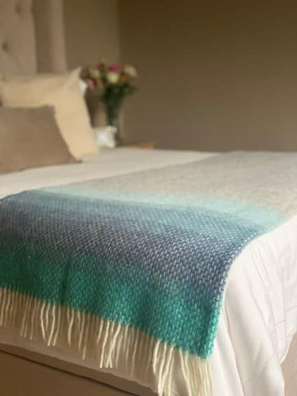Large Ombre Throw In Seaside Blue