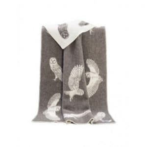 Wool Barn Owl Throw