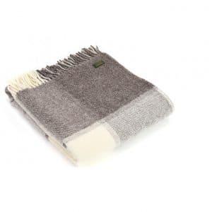 Wool Block Check Jacob Throw