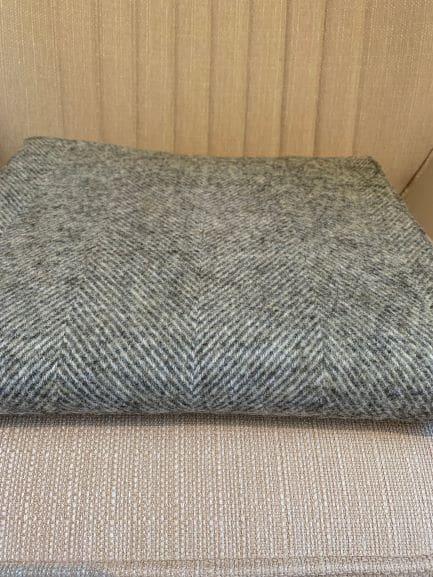 Herringbone vintage grey
