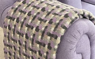 Tips on How to Put a Throw on a Sofa